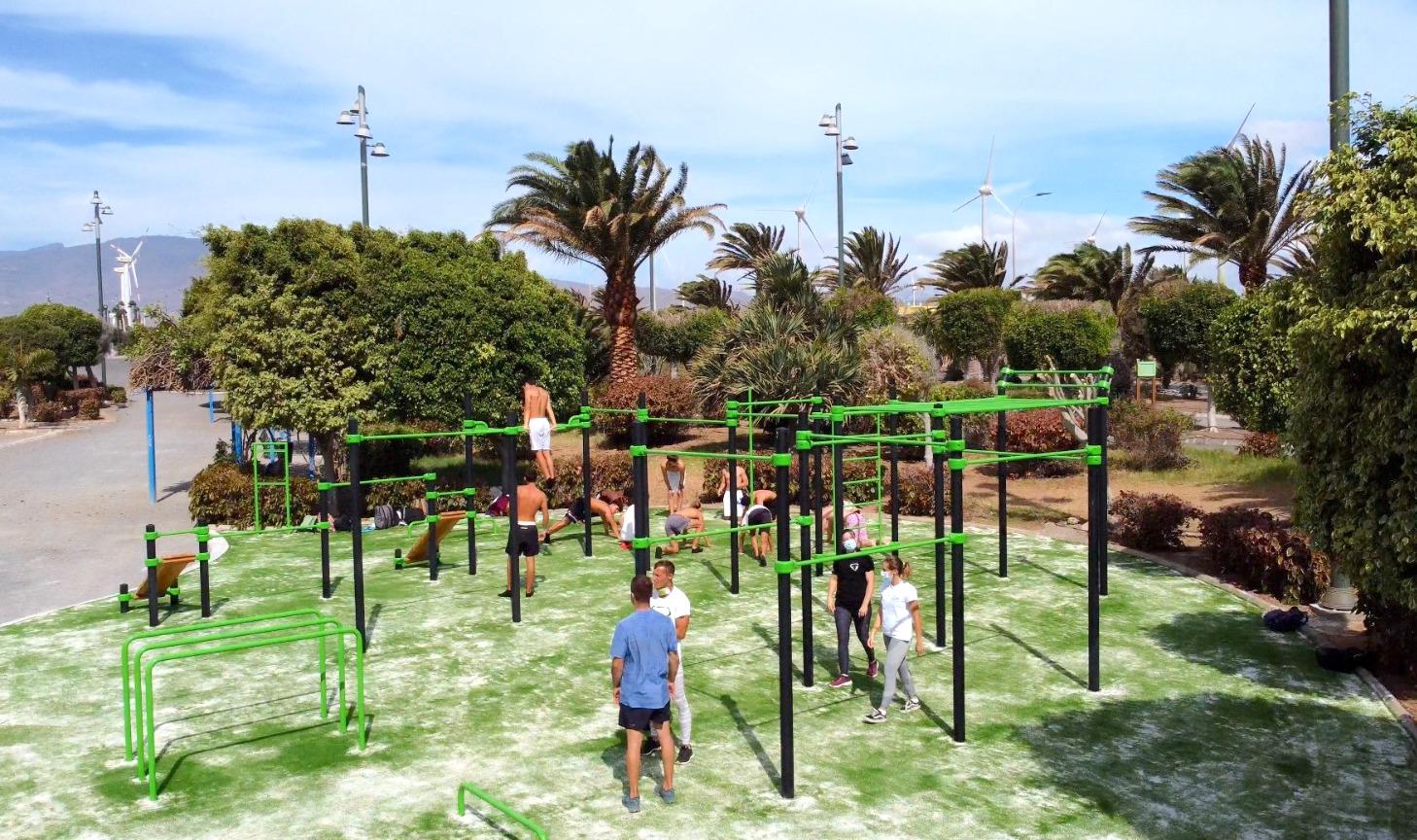 """Featured image for """"Abierto el nuevo parque de calistenia en Playa de Arinaga."""""""